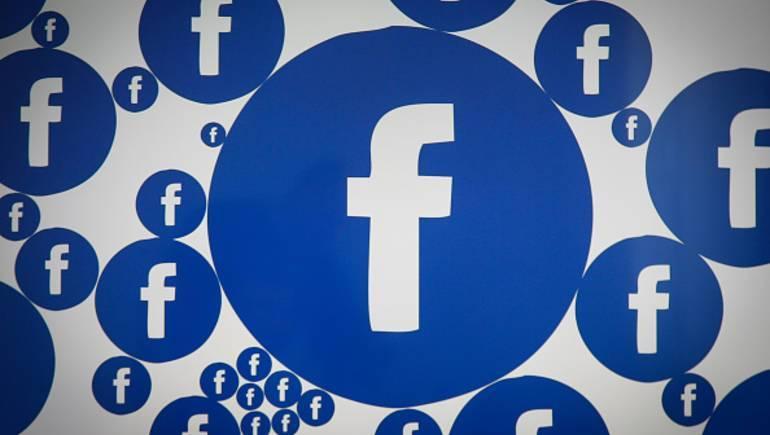 عطل يصيب حسابات بعض المستخدمين في فيسبوك وانستقرام واتساب